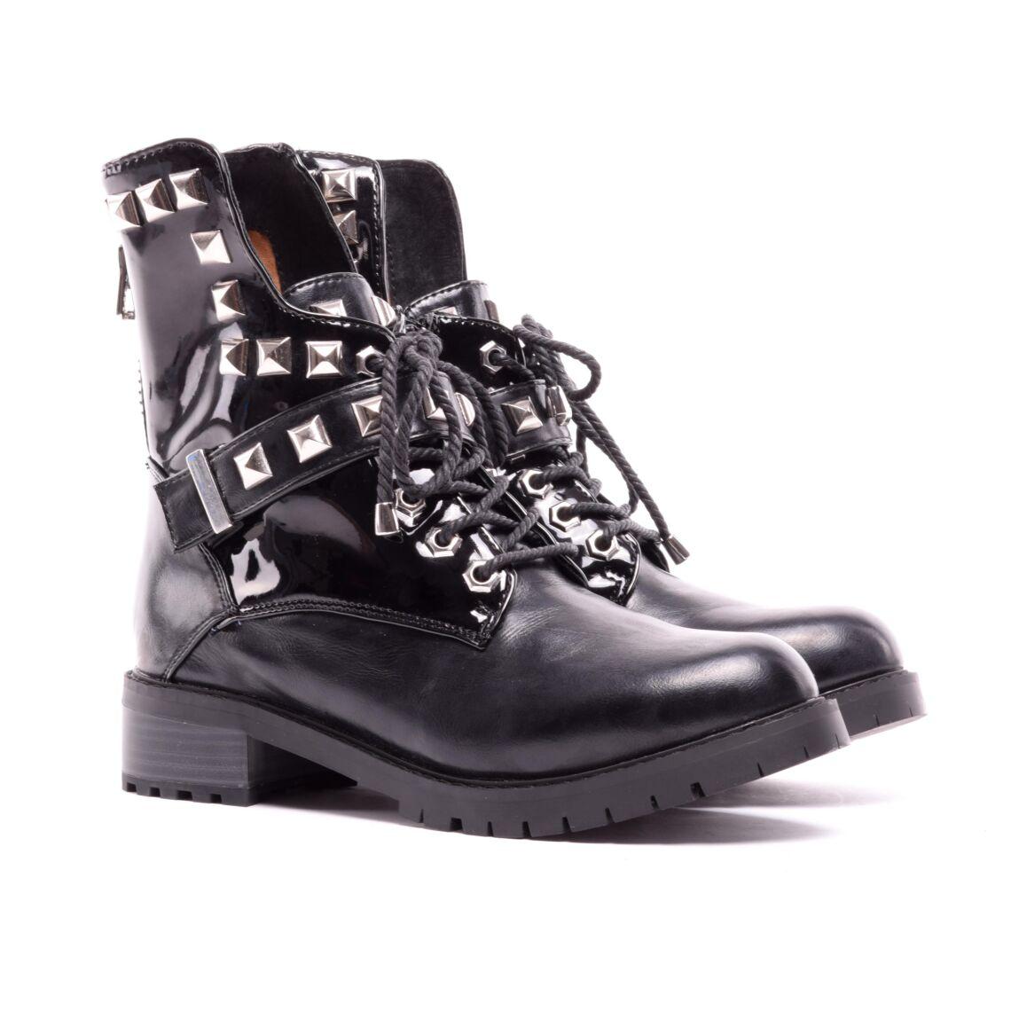 1731fd4a41 Női Fekete Műbőr Bakancs - BAKANCSOK - Női cipő webáruház-női ...