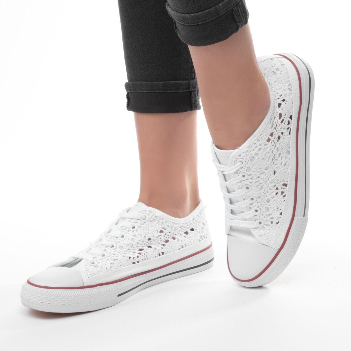de4f3f24b7 Fehér Női Csipkés Tornacipő - SPORTCIPŐK - Női cipő webáruház-női csizmák,  női bakancsok, magassarkúk, női gumicsizma, magassarkú csizma, magassarkú  szandál ...
