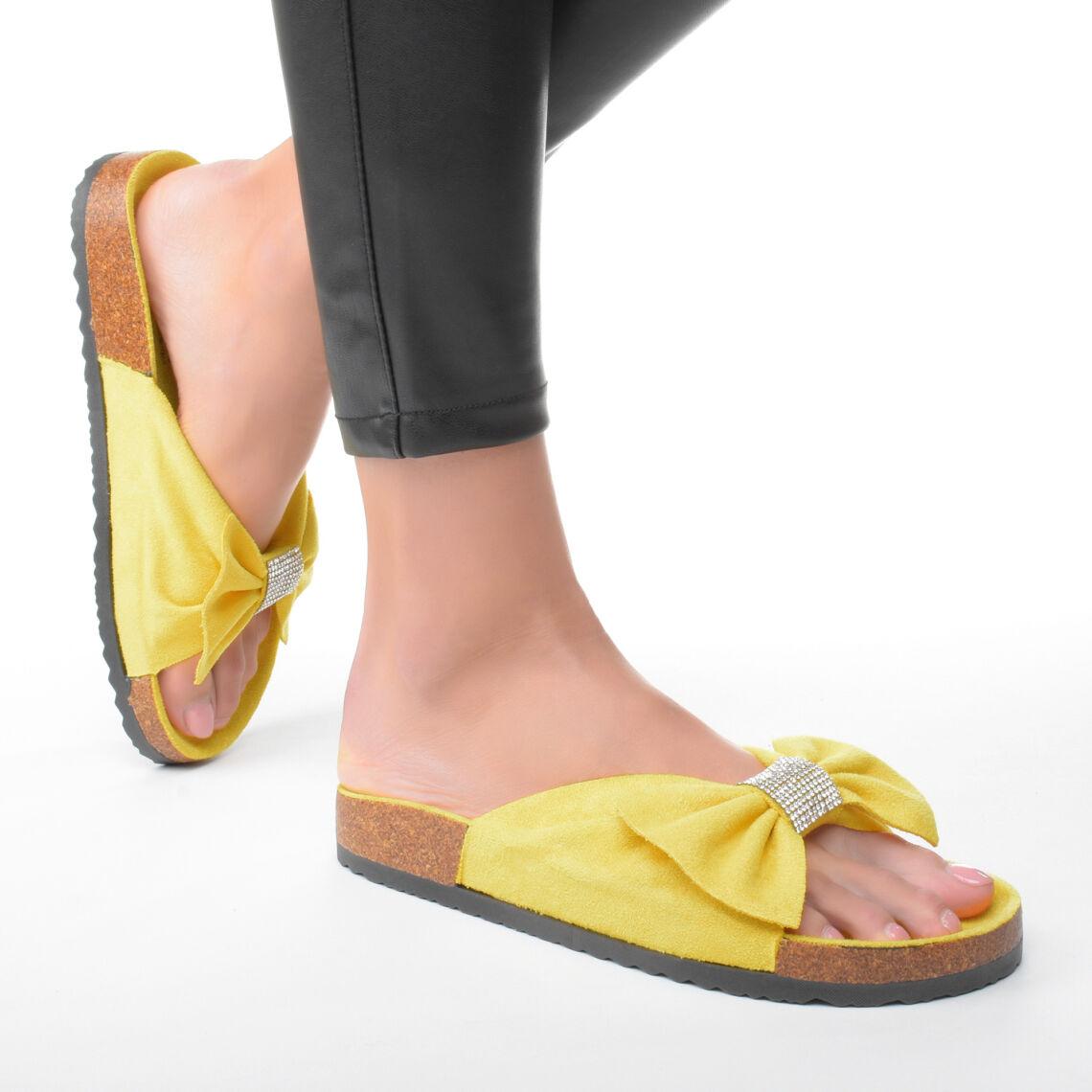 5b99eb5d5f Sárga Masnis Női Művelúr Papucs - NŐI PAPUCS - Női cipő webáruház ...
