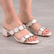 Fehér lakkhatású divatos női papucs
