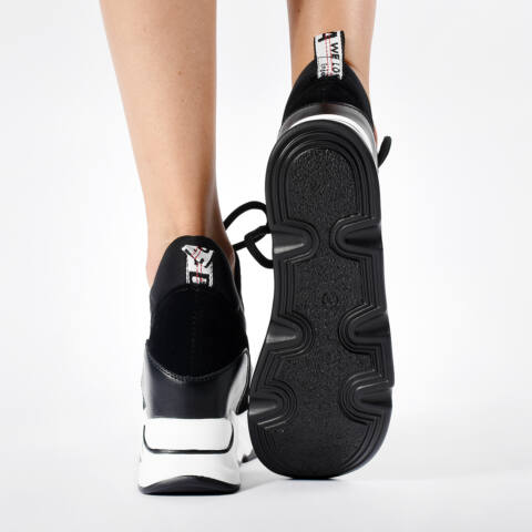 Női Fekete Műbőr Sportcipő