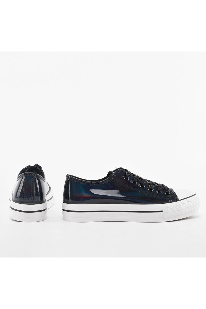 Fekete hologramos lakk tornacipő