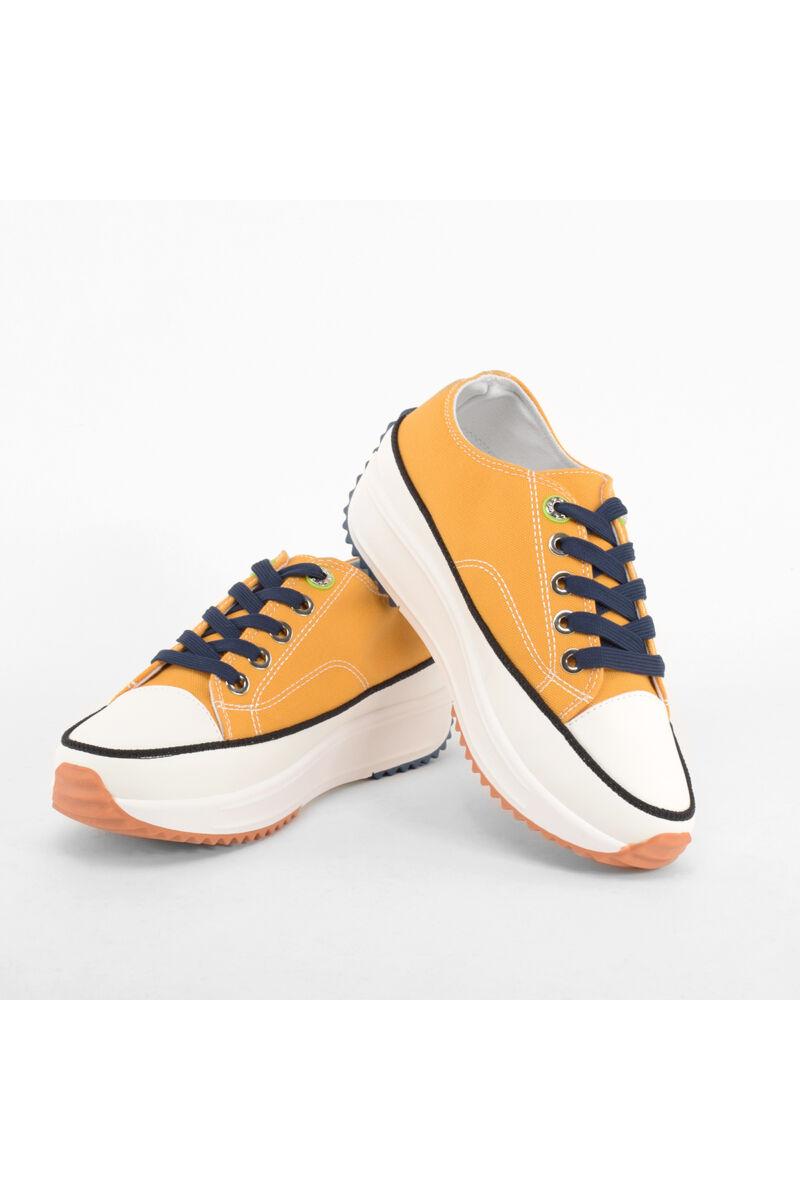 Sárga női magastalpú vászon cipő