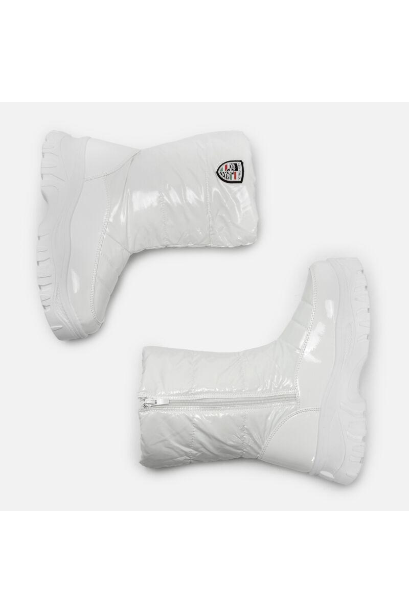 Fehér Bélelt Vízálló Lakk és PVC Hótaposó