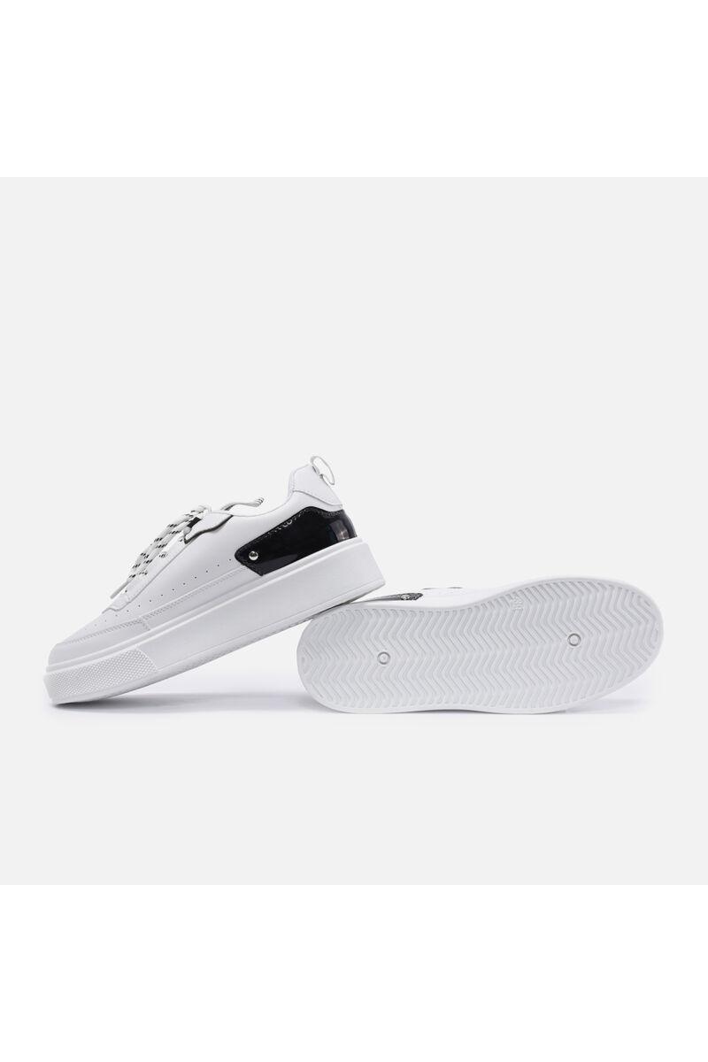 Fehér Lakkbetétes Műbőr Utcai Cipő