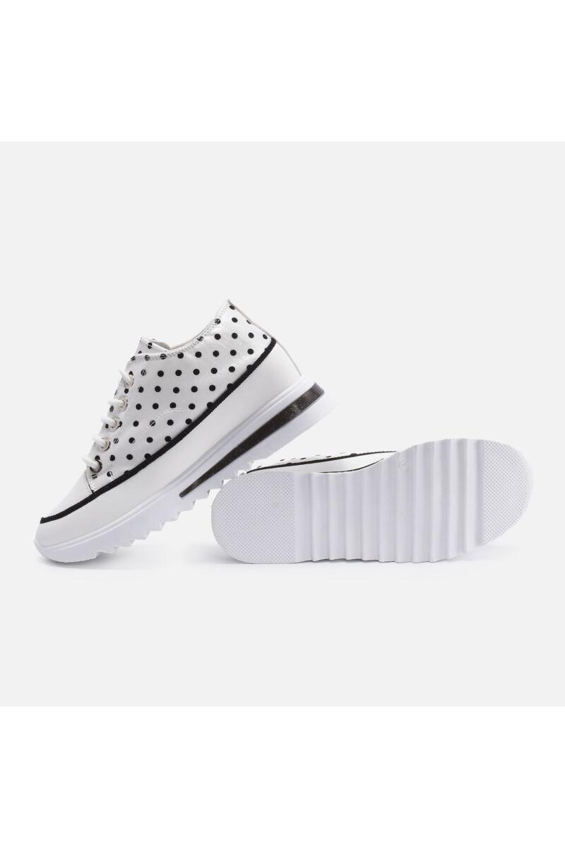 Pöttyös fehér utcai cipő