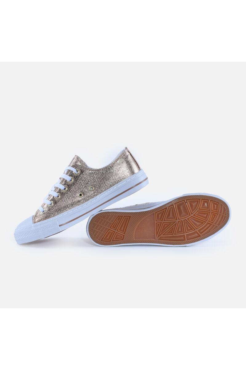 Pezsgő színű rövidszárú tornacipő