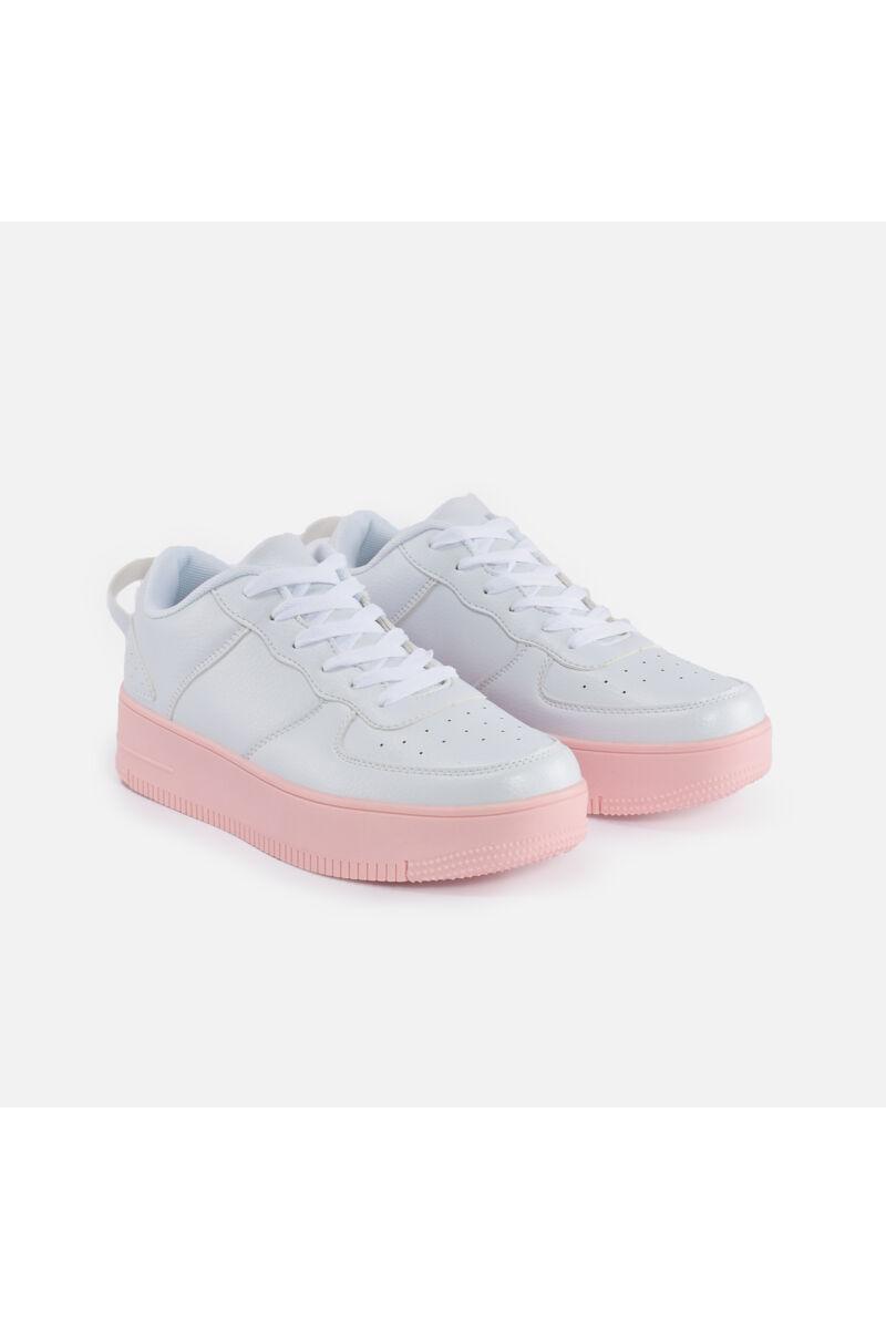 Rózsaszín talpú műbőr utcai cipő