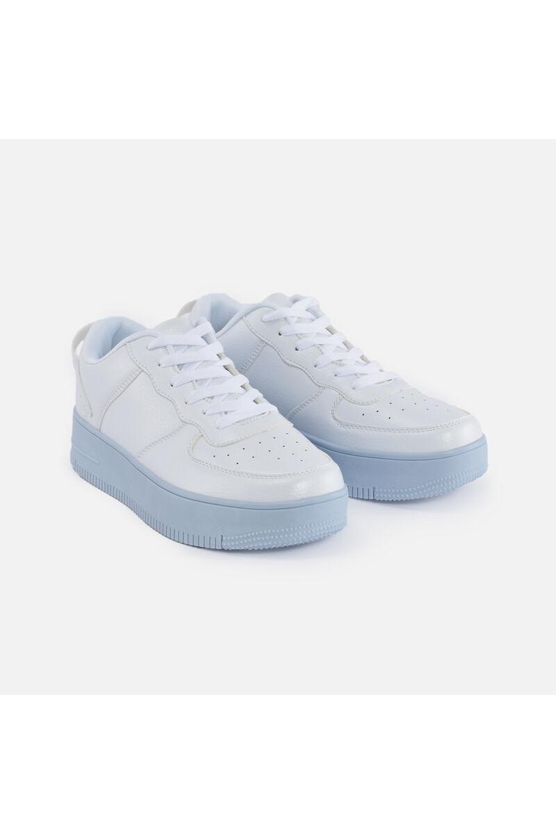 Kék talpú műbőr utcai cipő