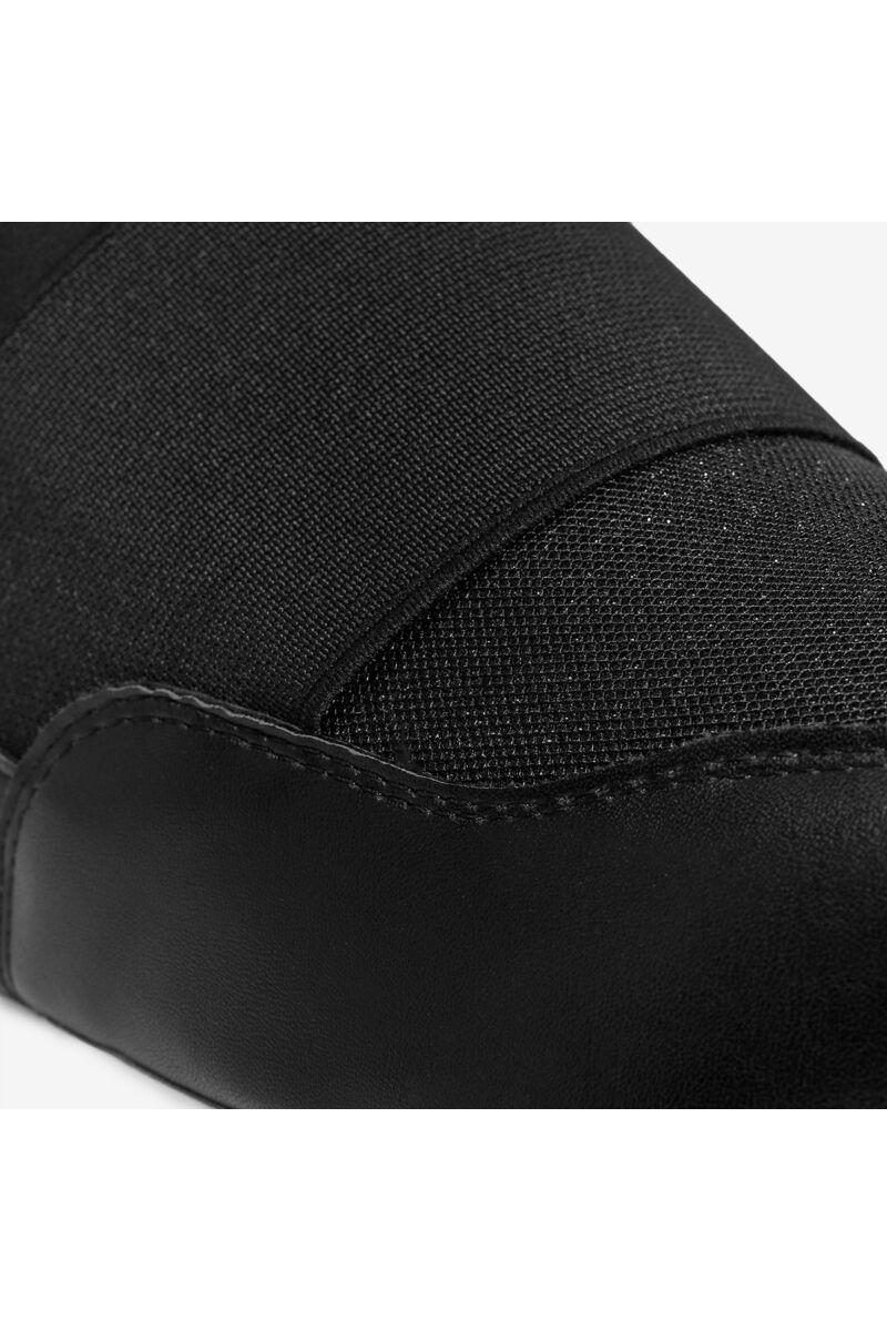 Magasított talpú csillámos fekete cipő