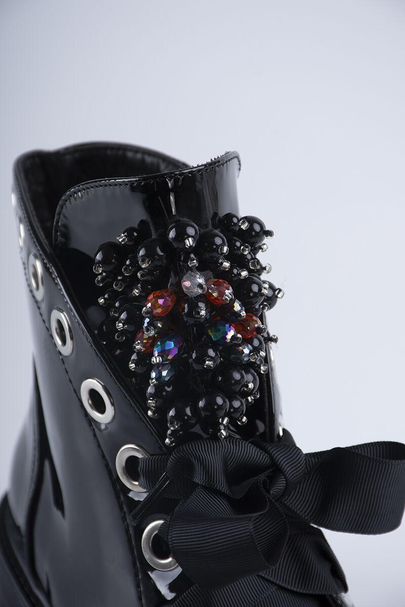 Fekete Női Műbőr szalagfűzős lakk Bakancs
