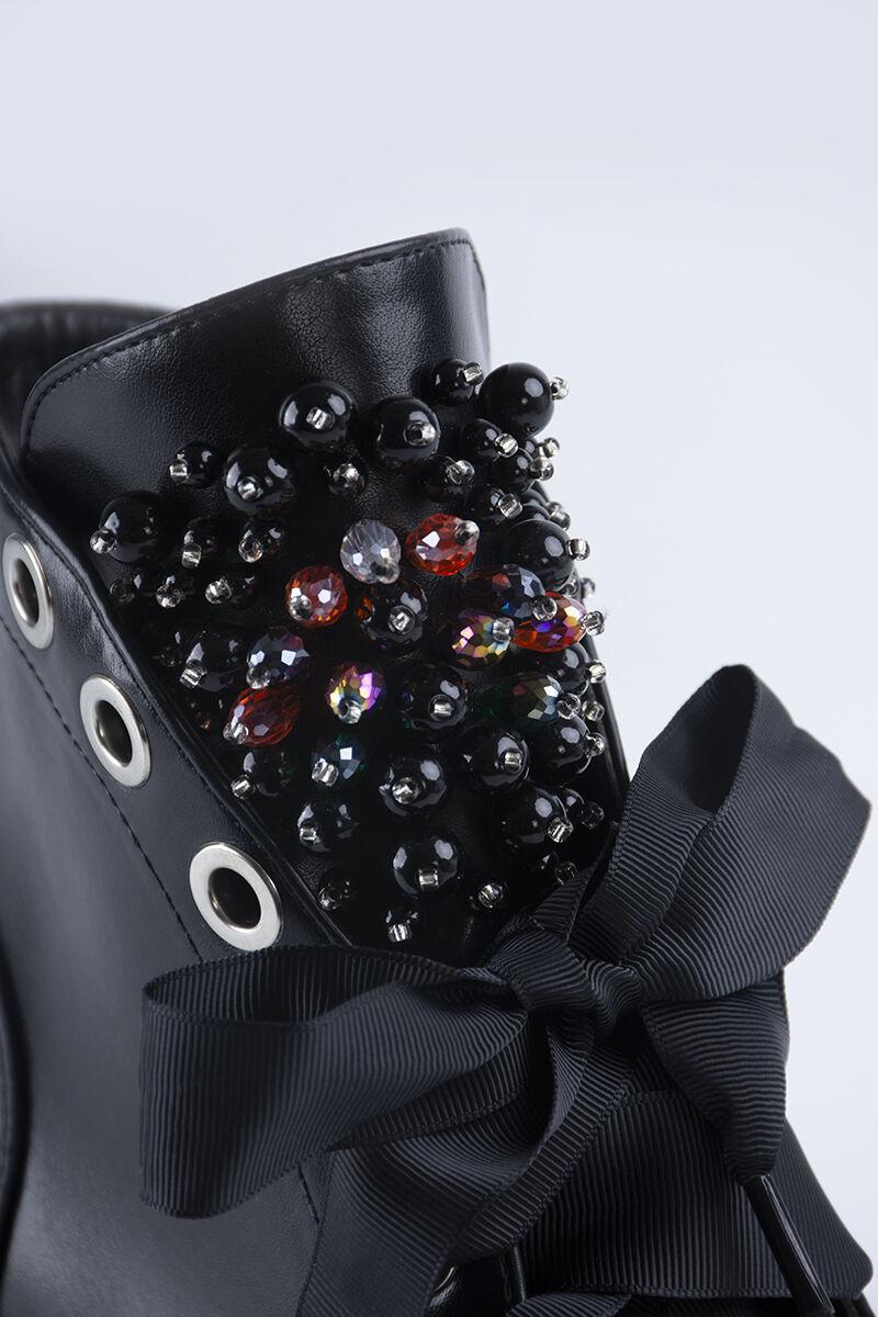 Fekete gyöngyös Női Műbőr szalagfűzős Bakancs