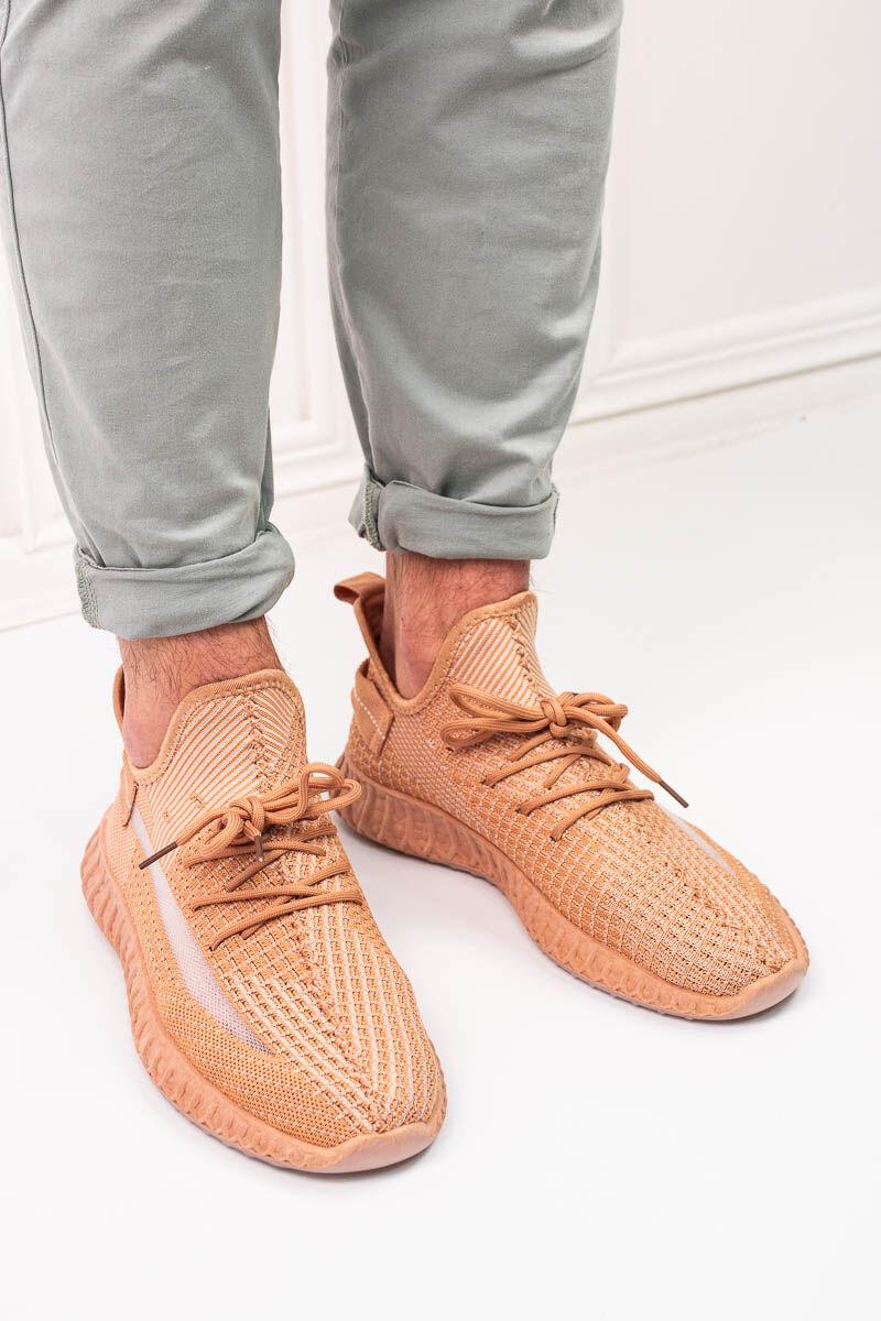 Extra könnyű narancssárga férfi sportcipő