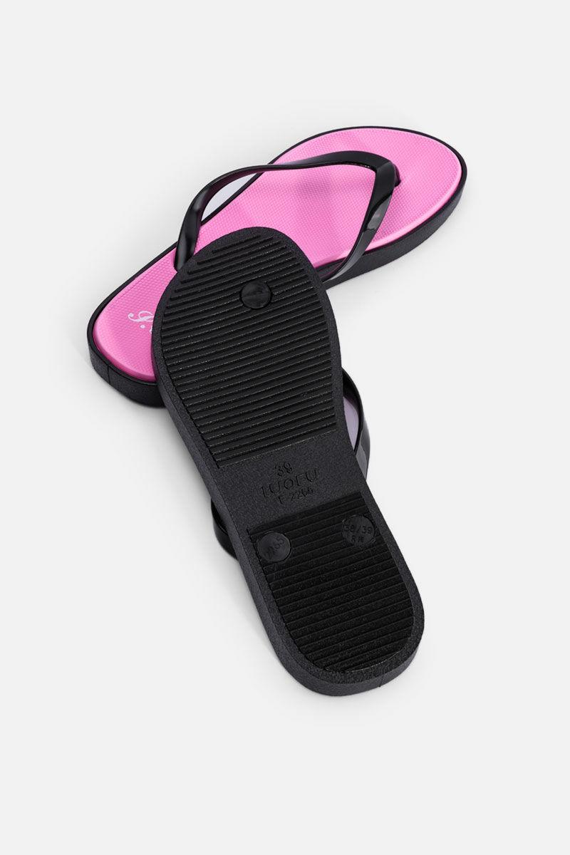 Vékony Fekete Pántos Rózsaszín Színű Gumi Strandpapucs