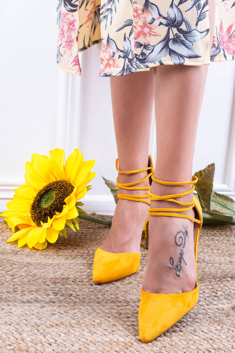 Sárga Fűzős Művelúr Női Magassarkú