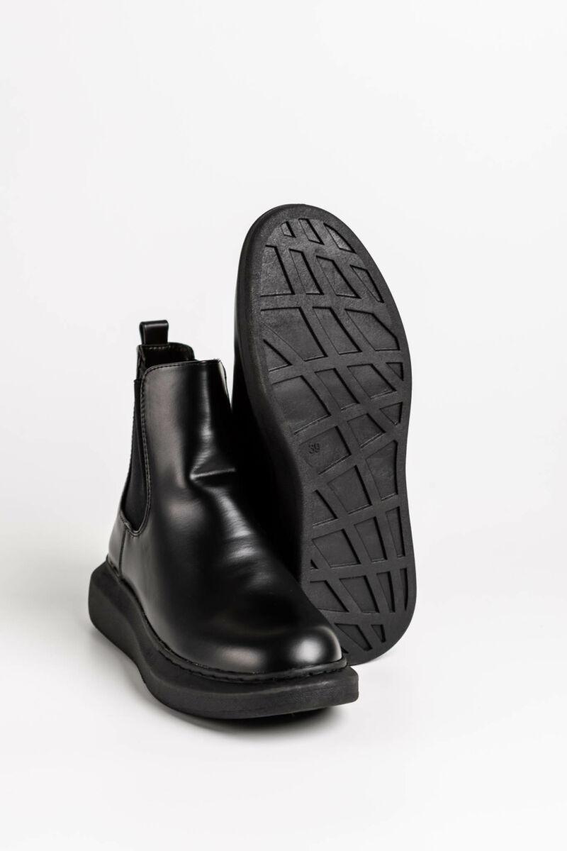 Fekete Műbőr Gumibetétes Platform Talpú Bokacsizma