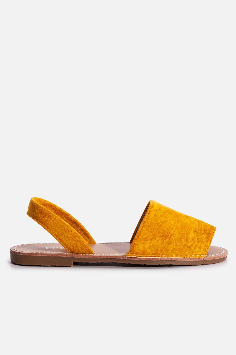 Sárga lapostalpú kényelmes belebújós nyári szandál