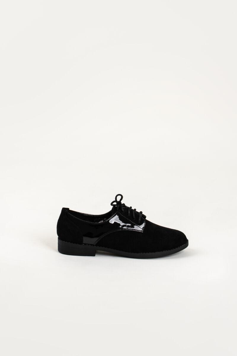 Oxford Stílusú Fekete Lakk Betétes Művelúr Utcai Cipő
