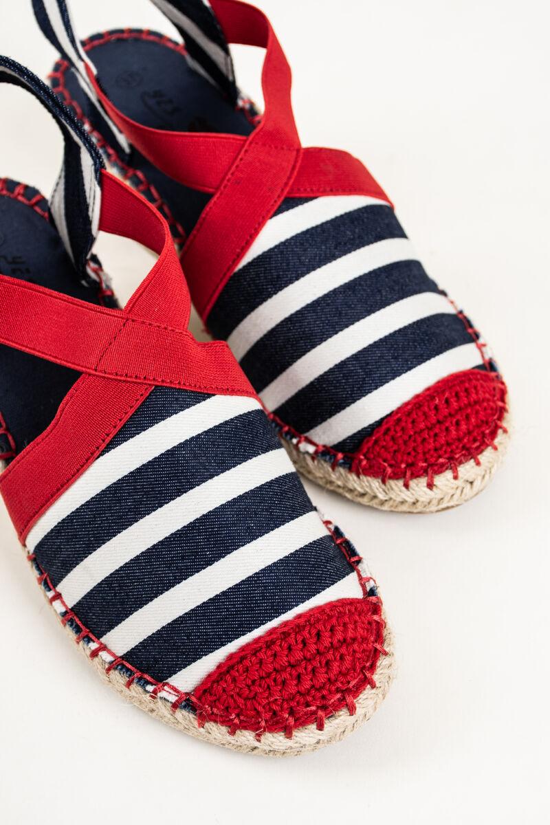 Piros-Sötétkék-Fehér Háncstalpú Telitalpú Textil Anyagú Szandál