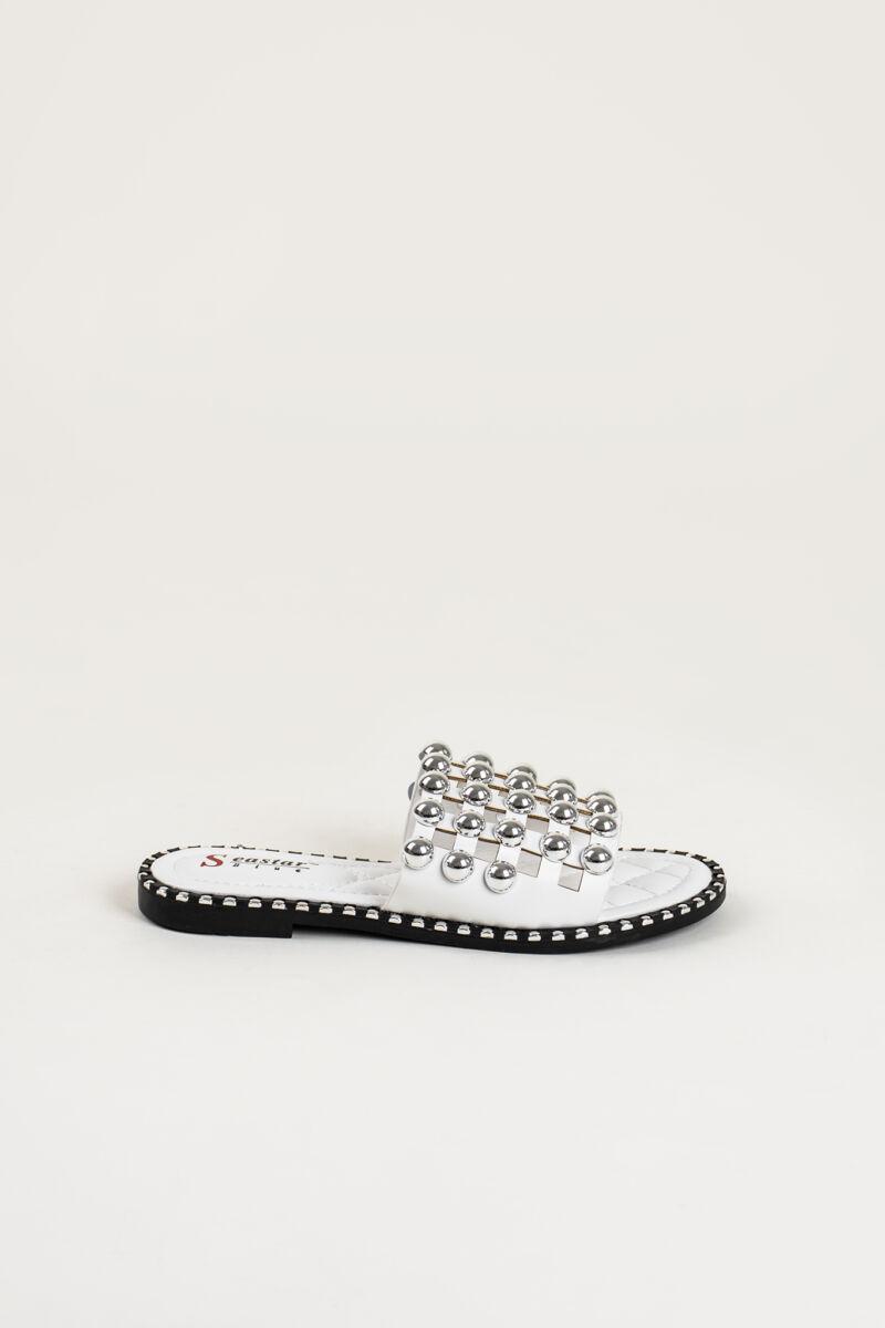 Fehér Nagyméretű Gyöngyökkel Kirakott Elegáns Női Műbőr Papucs