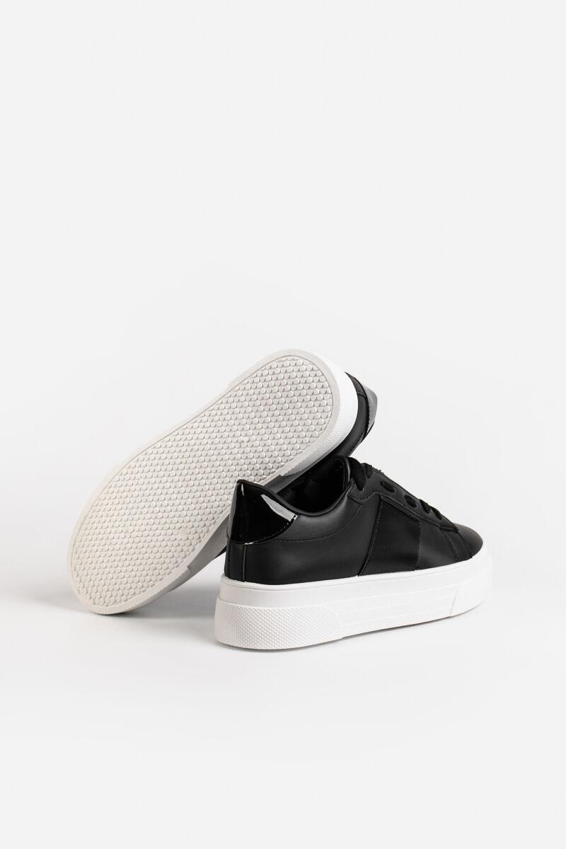 Fekete Magas Talpú Női Sneaker Gumírozott Betéttel