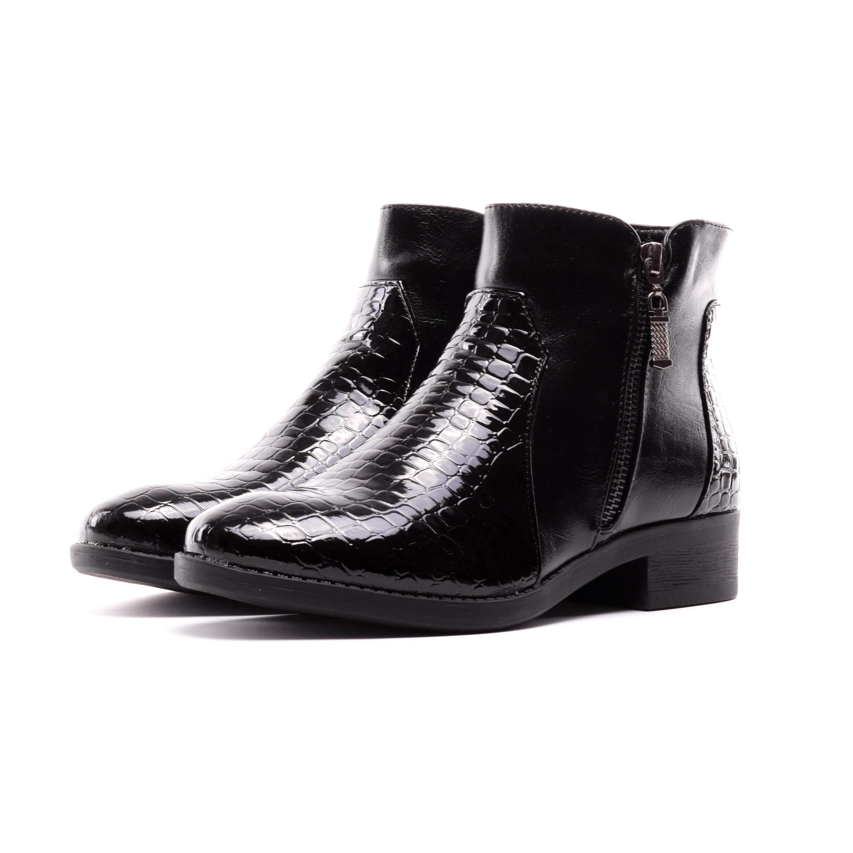 Női Fekete Műbőr Lakk Bokacsizma - BOKACSIZMÁK - Női cipő webáruház-női  csizmák c3fd6579b5